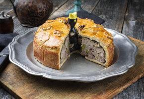 Печёночный торт, тарталетки с тунцом и другие блюда на праздничный стол 2021