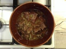 Простой рецепт невероятно нежной говядины в духовке