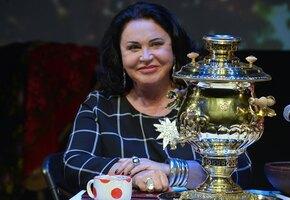 «Невзгоды ее не сломили»: Надежда Бабкина поздравила Ларису Долину с 65-летием