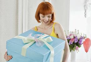10 идей оригинальных и недорогих подарков девушке на 8 марта