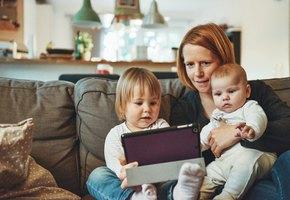 8 фраз, которые не стоит говорить маме-домохозяйке