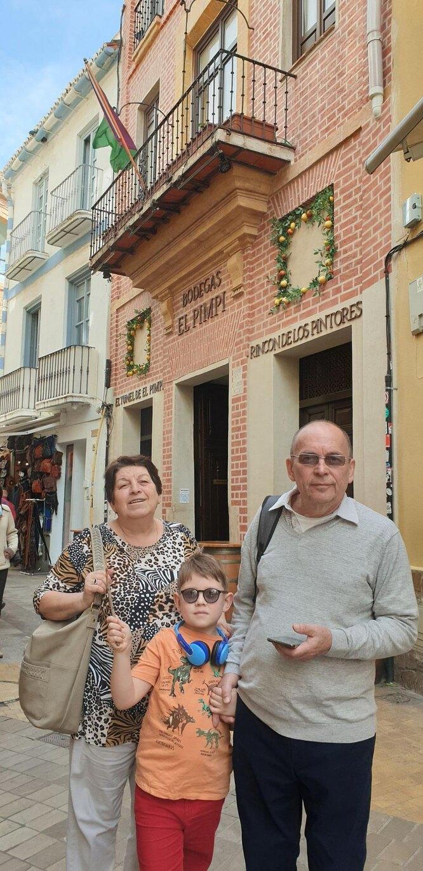 Уляна Функ с мужем и внуком