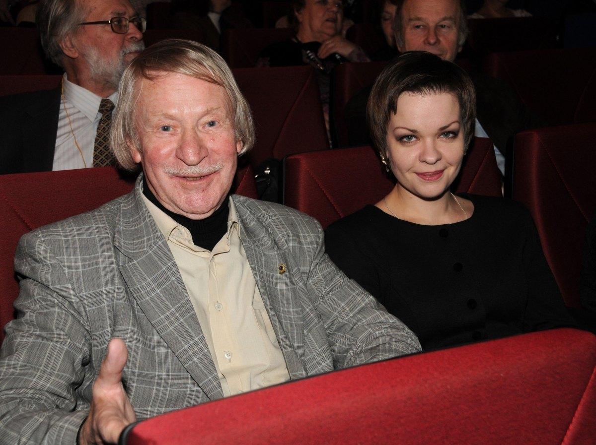 С женой Натальей Вяль