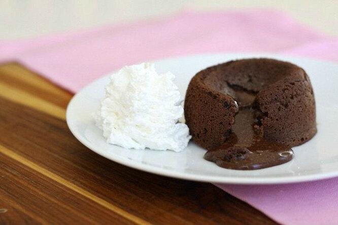 Лавакейк. Готовим кекс «шоколадная лава» с жидкой начинкой.
