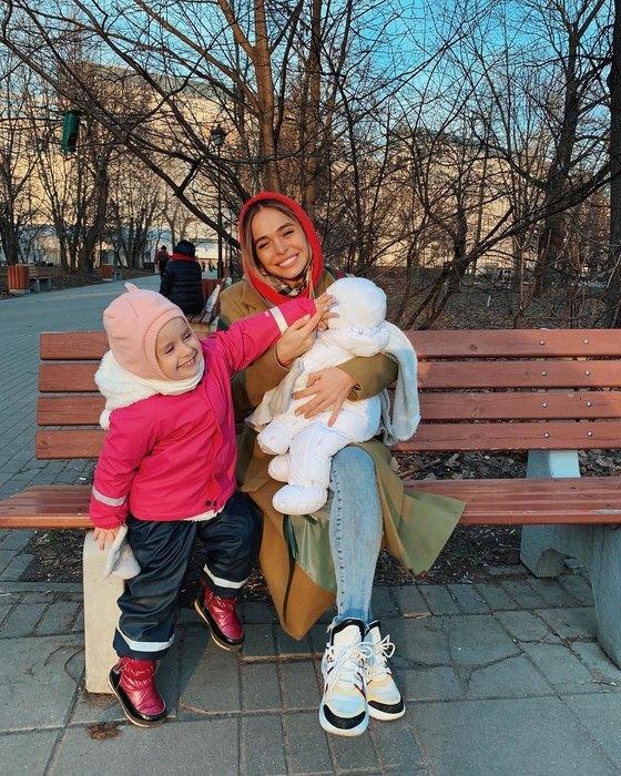 Анна Хилькевич с детьми