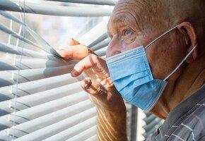В Москве могут снова ввести карантин для пенсионеров