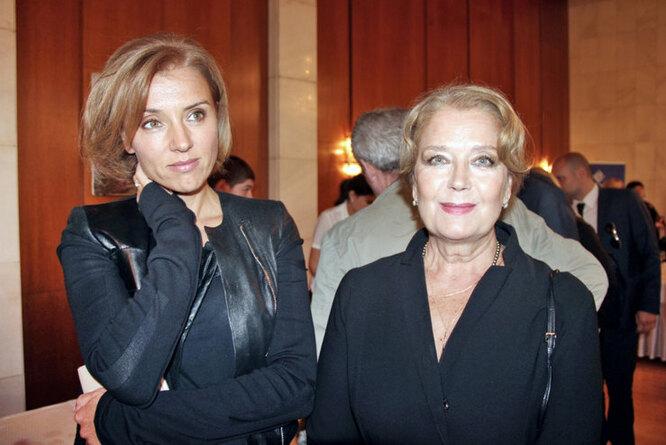 Ксения Алфёрова и Ирина Алфёрова