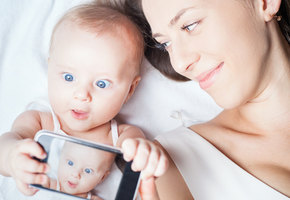 Зачем выкладывать фотографии своих детей в Инстаграм?