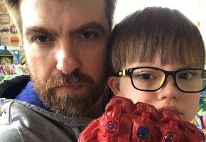 «Столько нежности»: бывший муж Эвелины Блёданс Александр Сёмин показал, как их сын играет с 4-месячной сестрой