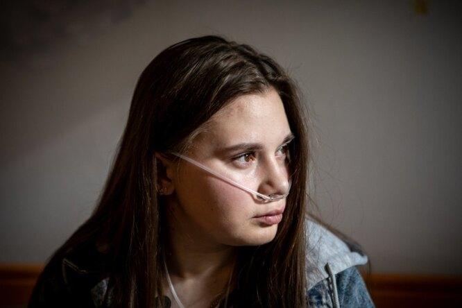 Потеряла родителей, ждёт пересадки лёгких: история девушки смуковисцидозом
