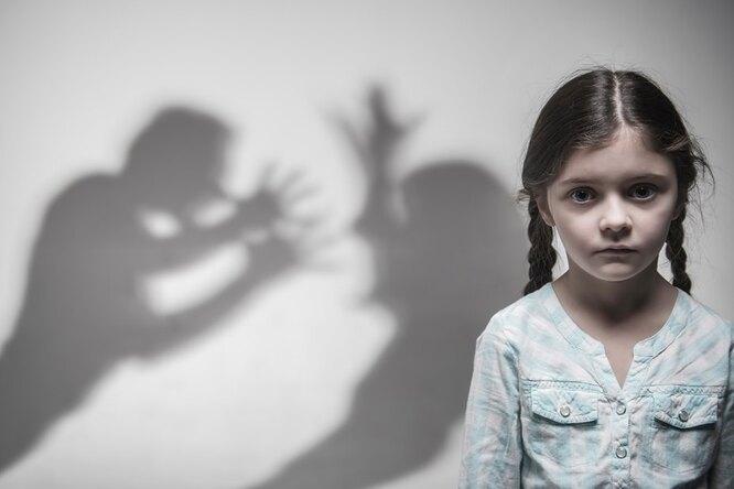 Бывший партнер убил женщину наглазах уее пятилетней дочери — изревности