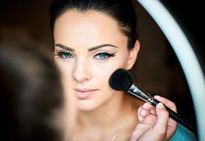 Накраситься, чтобы похудеть: 5 приемов макияжа, который стройнит
