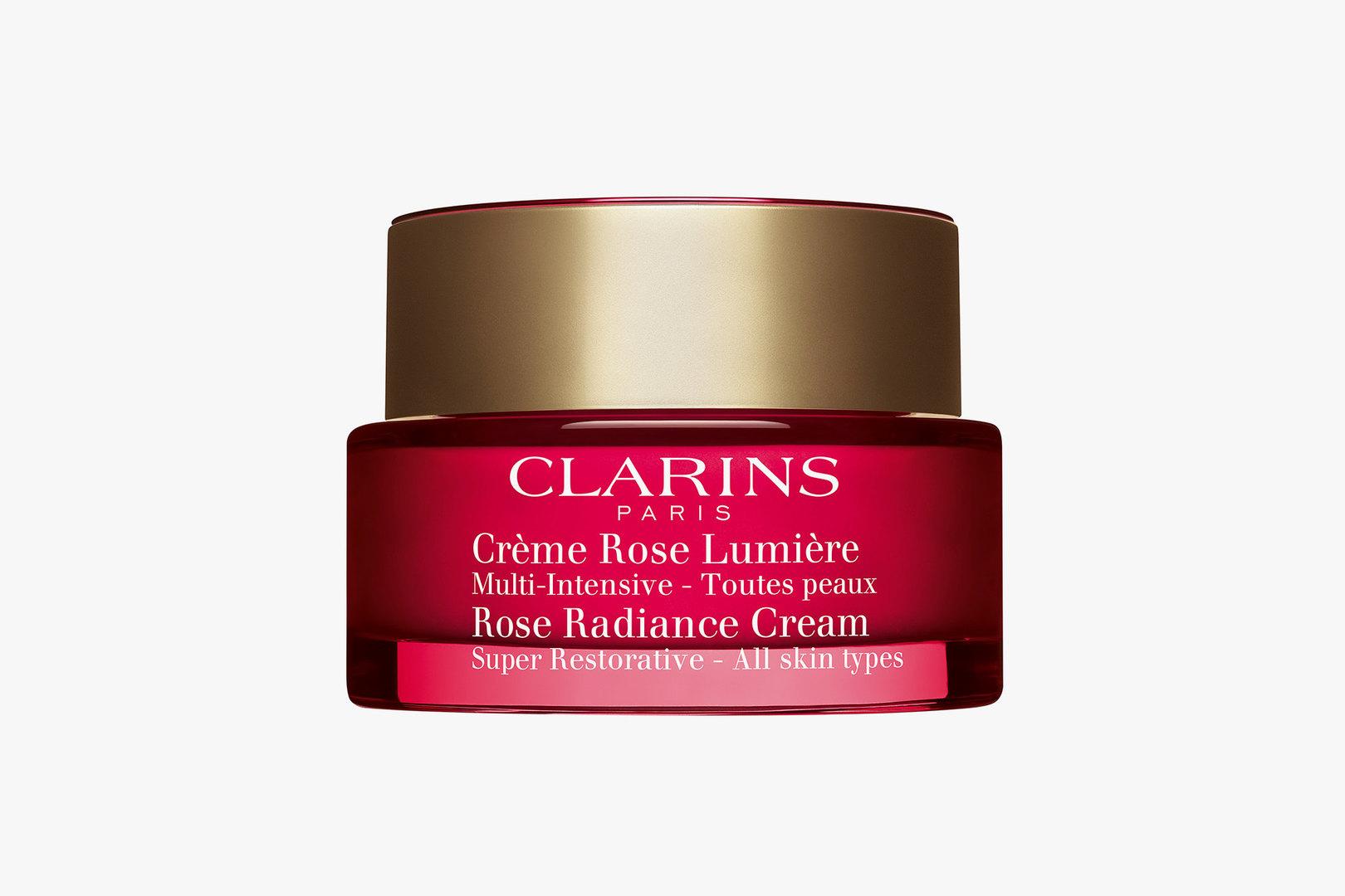 Восстанавливающий дневной крем сэффектом сияния длялюбого типа кожи Rose Radiance Cream, Clarins
