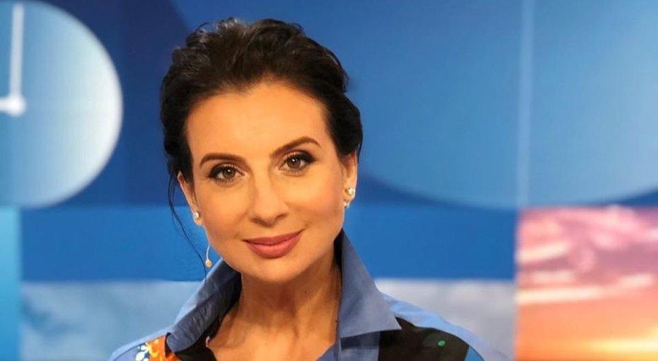 Екатерина Стриженова опубликовала фото смладшей дочерью похвасталась её успехами вучебе