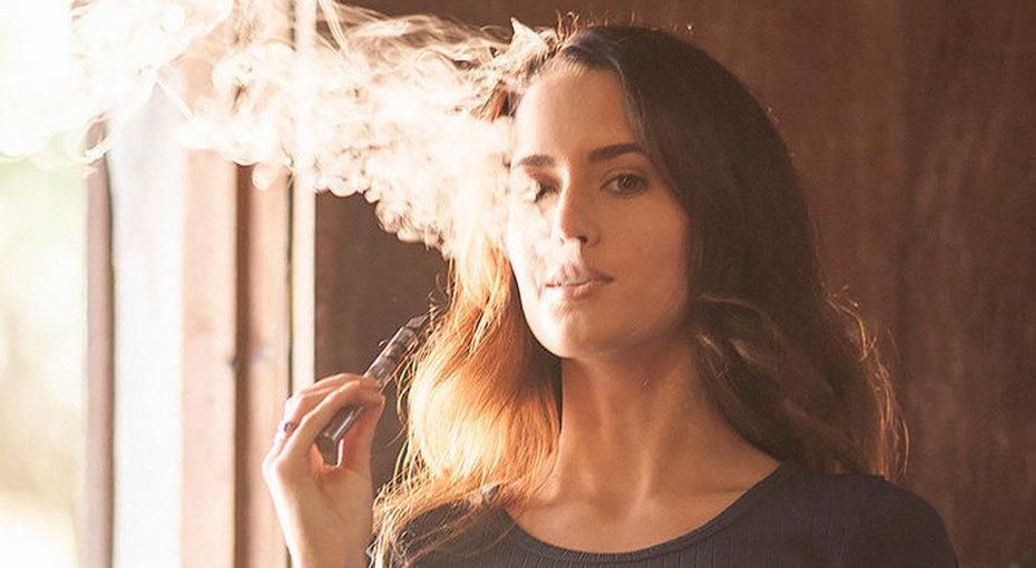 Опасная привычка: как ухаживать закожей тем, кто курит