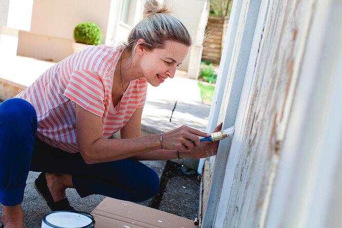 Как покрасить патио и деревянную террасу?