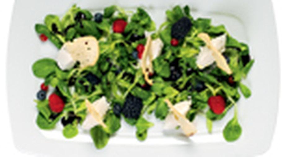 Листовые салаты: быстро готовим полезные блюда!