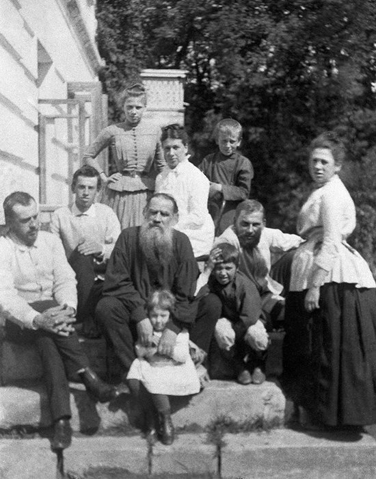 Знаменитые русские писатели, у которых было много детей