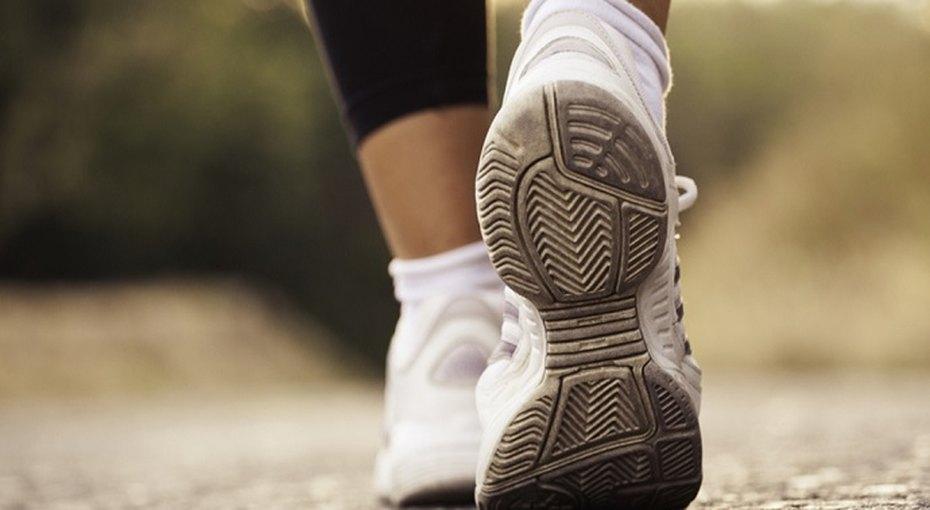 С какой скоростью надо заниматься ходьбой, чтобы это пошло напользу сердцу?