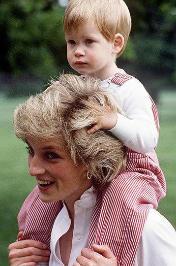 Принцесса Диана и принц Гарри