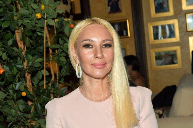 «Люблю тебя как ипрежде»: 48-летняя Лера Кудрявцева поздравила 31-летнего мужа сгодовщиной