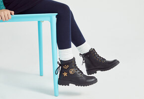 Собираемся в школу: детская обувь для учёбы