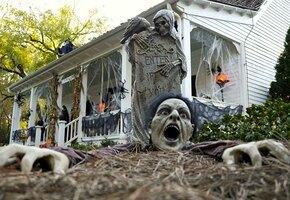 Как соседи пугают соседей? 13 декораций Хэллоуин от обычных людей