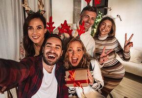 Как отпраздновать Новый год онлайн? 3 актуальных сценария для праздника