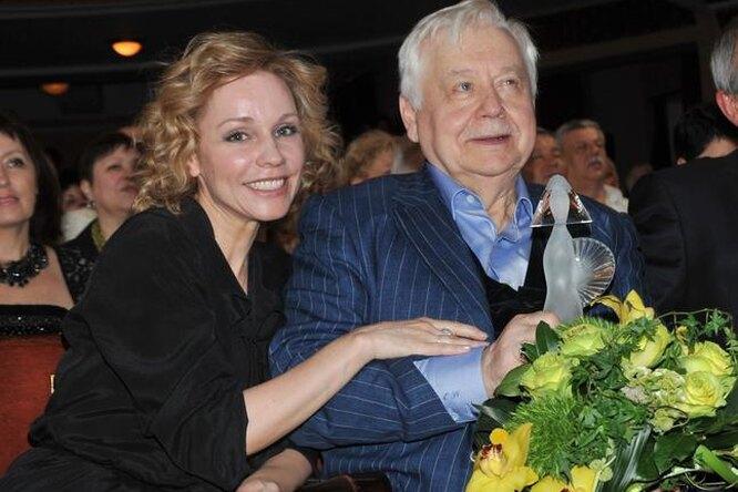 «Заново учусь ходить»: Марина Зудина ожизни после смерти Олега Табакова