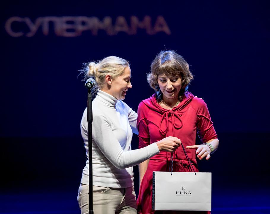 Татьяна Логинова (Nika Group) иОлеся Потапова