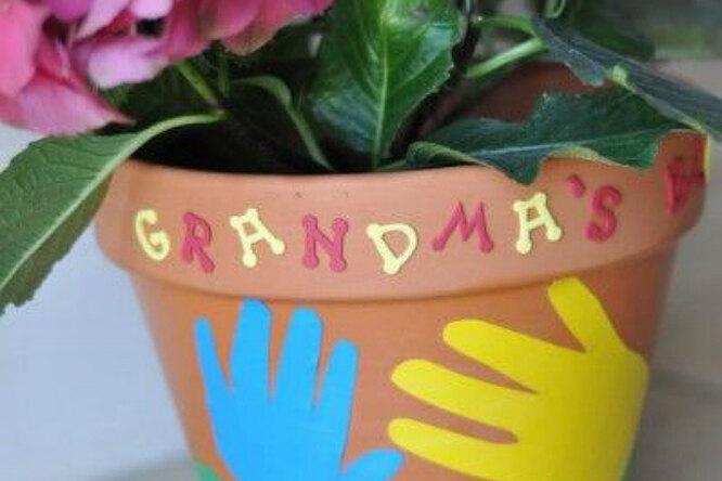 Делаем подарок бабушке на8 марта своими руками