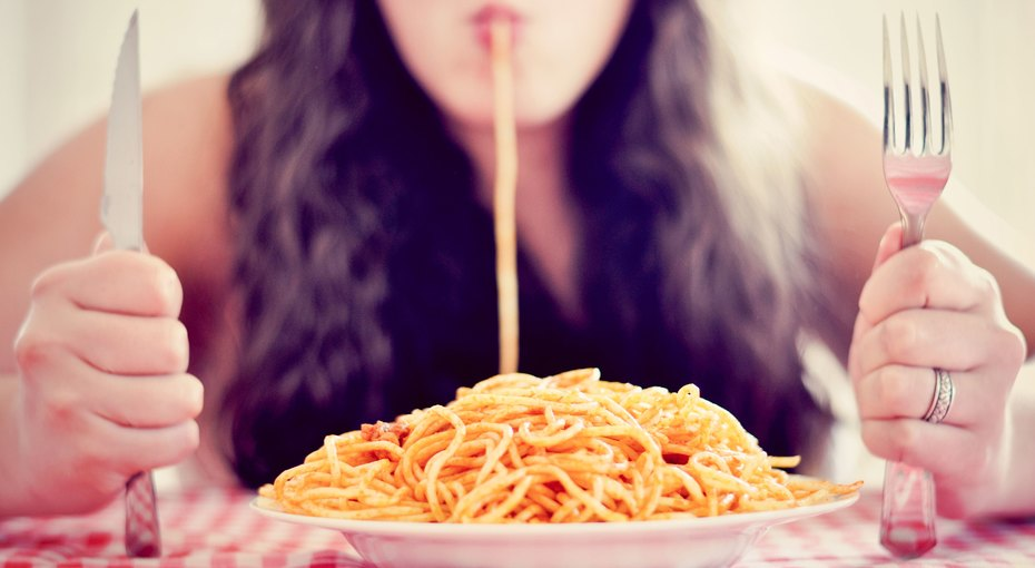 6 признаков нарушения пищевого поведения (не все очевидные)