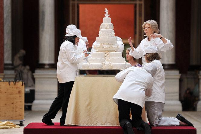 10 фотографий невероятных тортов, которые выглядят как произведения искусства