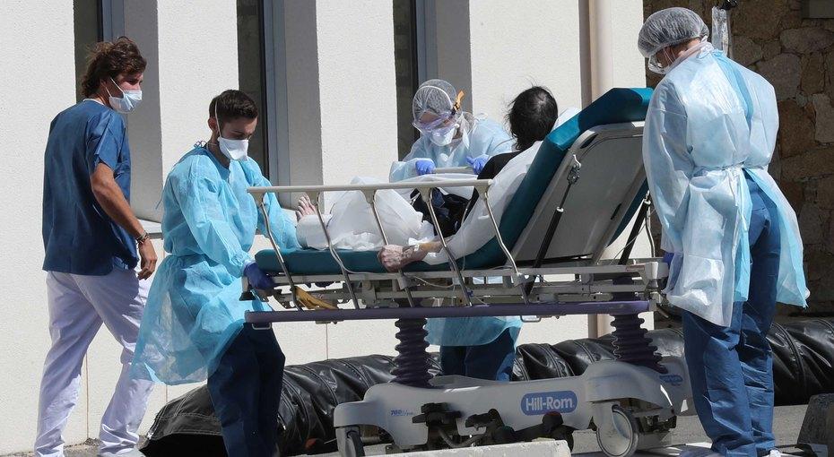 «Словно стекло насыпали влегкие»: 39-летняя британка рассказала, как попала вреанимацию скоронавирусом
