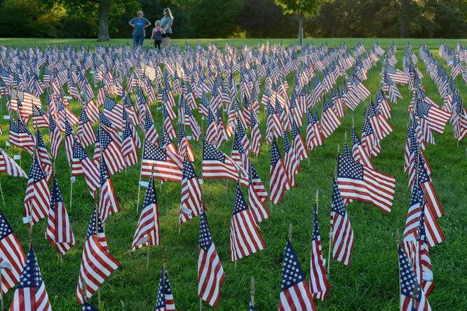 В память погибших 11 сентября 2001 года американцах