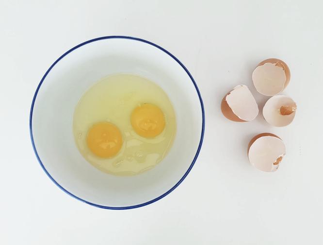 Как проверить яйцо дома