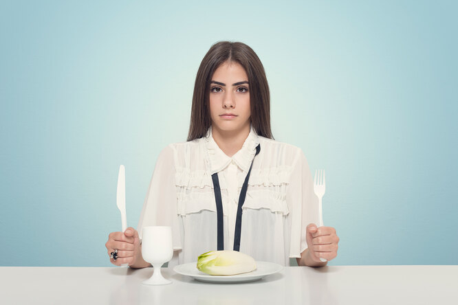 Настроение — ниже плинтуса: как поднять его во время диеты