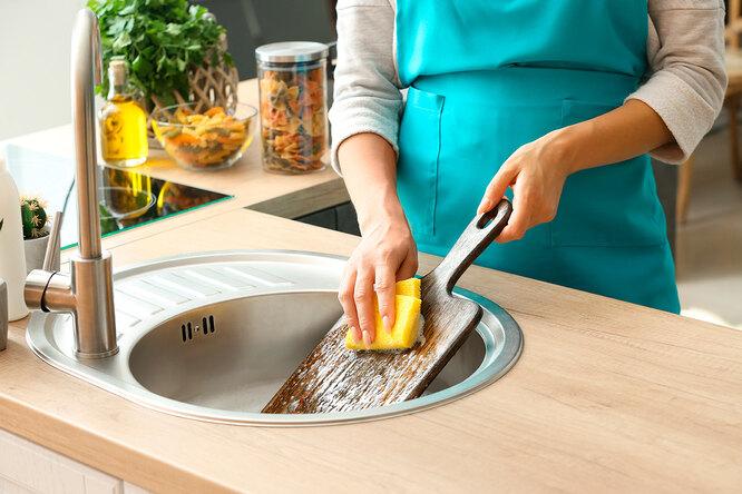10 способов почистить разделочную доску: быстро ибезопасно
