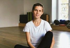 «Обед по расписанию»: Даша Мельникова показала, как кормит младшего сына грудью