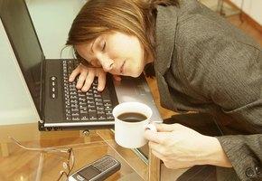 Жизнь без сил: 7 немедицинских причин постоянной усталости