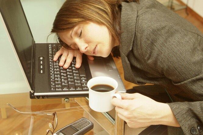 Жизнь безсил: 7 немедицинских причин постоянной усталости