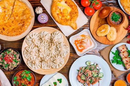 5 главных рецептов грузинской кухни: хачапури, пхали, харчо, сациви икучмачи
