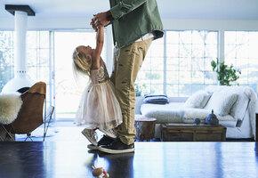 Что нам должен папа? Это нужно знать одиноким мамам несовершеннолетних детей