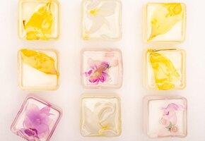 10 рецептов льда для разных типов кожи