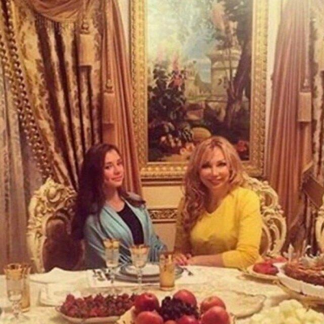 Маша Распутина с дочерью