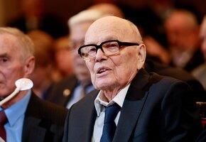 Настоящий сварщик: на 102-году жизни умер академик и изобретатель Борис Патон