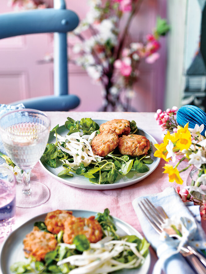 Крабовые котлетки с салатом из фенхеля