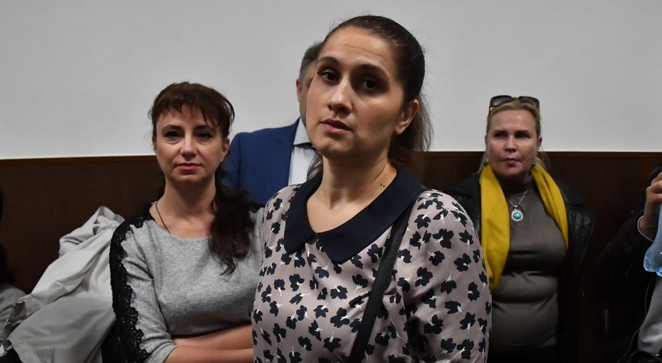 Бабушка сестёр Хачатурян требует миллион отих матери заморальный ущерб
