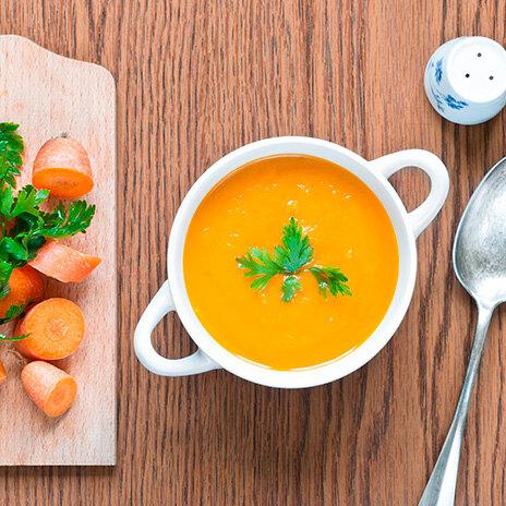 Рецепт крем-супа из моркови с орехами пекан в карамели
