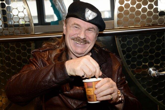 «Каждый свой день ты жил дляменя»: Владимир Пресняков поздравил отца сюбилеем